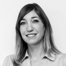 Irene Nieto – Directora Administrativa
